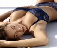 Loverator a erotické pírko = rozkošnická dvojice